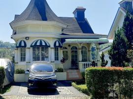 Villa kembar, villa in Puncak