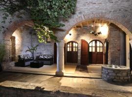 Suites&Atelier Lake Como, guest house in Como