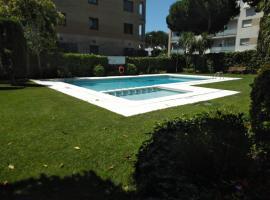 Apartamento Antilles Fenals a 100m de la playa, hotel in Lloret de Mar