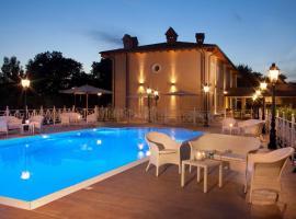 Hotel Piccolo Borgo, hotel in zona Aeroporto di Roma Ciampino - CIA,