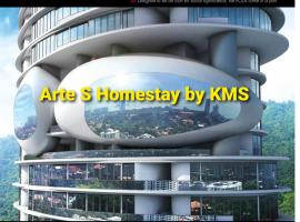 Arte S Homestay 3bedrooms by KMS, hotel with jacuzzis in Gelugor