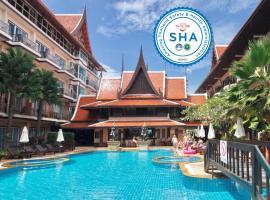 Nipa Resort, hotel in Patong Beach
