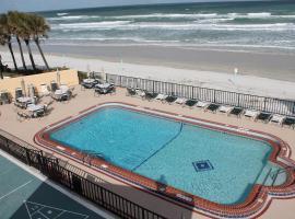Grand Prix Motel Beach Front, motel in Daytona Beach