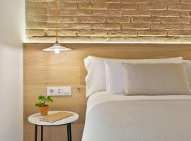 Ola Living Calabria, hotel in Barcelona