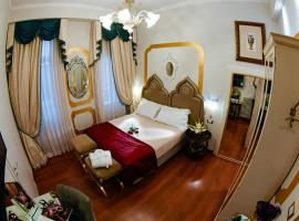 Ca' Dell' Arte Luxury, self catering accommodation in Venice