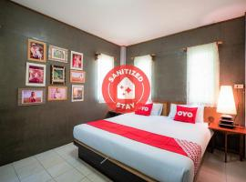 OYO 569 Aa Resort, hotel in Nonthaburi