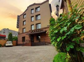 Hotel Status, hotel in Vinnytsya