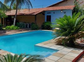 Casa do Sol, hotel with pools in Beberibe