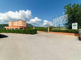 Hotel Hermitage, hotell i Polla