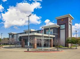 La Quinta by Wyndham Austin NW/Lakeline Mall, hotel near Lake Travis, Cedar Park