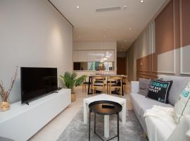 Sky suites @KLCC by Cobnb, homestay in Kuala Lumpur