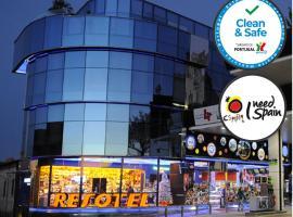 Resotel, отель в городе Villares de la Reina