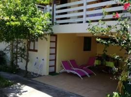 Maison de 2 chambres a Les Anses d'Arlet avec magnifique vue sur la mer terrasse amenagee et WiFi, Villa in Les Anses-d'Arlets