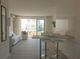 STUDIO LES ALGUES, hotel in Cannes