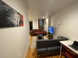 SHARED ROOM IN TIMES SQUARE, ostello a New York