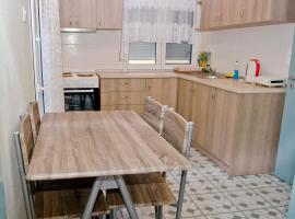 Makri square apartment, apartment in Alexandroupoli