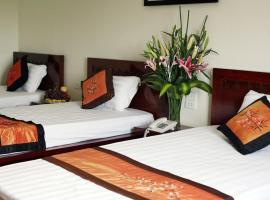 Indochina Airport Hotel, family hotel in Noi Bai