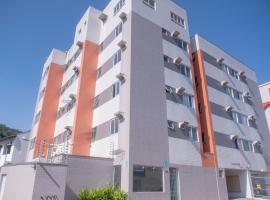 Apart privativo no centro de Joinville com ar e Smart tv, apartment in Joinville