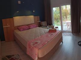 Airport Guest House, вариант проживания в семье в Даламане