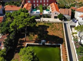 Apartments Katarina, hotel near Gruz Port, Dubrovnik
