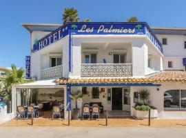 Hotel Les Palmiers En Camargue, hotel in Saintes-Maries-de-la-Mer