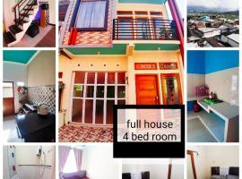 Ceria Dieng01 Home, holiday home in Banjarnegara
