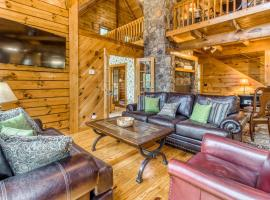 Treehouse, vacation rental in Helen