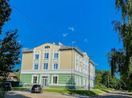 Отель VICTORIA, отель в Боровичах