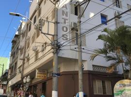 HOTEL SANTOS, hotel perto de Estação de Ônibus, Aparecida