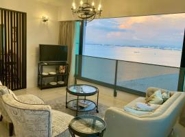 SUNRISE Gurney Seaview Luxury Duplex
