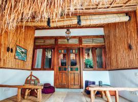 Blue Earth Village, hotel in Ambat
