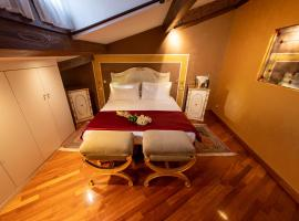 Cà dell'arte Suite, self catering accommodation in Venice