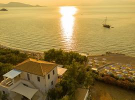 Four Seasons Hydra Luxury Suites, hotel in Hydra
