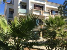 Apartmani Nada, self catering accommodation in Novalja