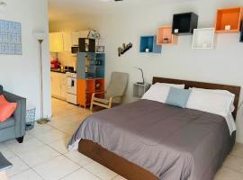 Pompano Beach Apartments by C&G Rentals, hotel in Pompano Beach