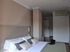 Duerming Villa De Sarria Hotel, hotel in Sarria
