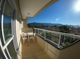 Apto Praia Itagua Ubatuba 300m da Orla mais charmosa, hotel near Porto Itagua Shopping, Ubatuba