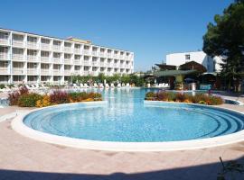 Хотел Балатон, хотел в Бургас