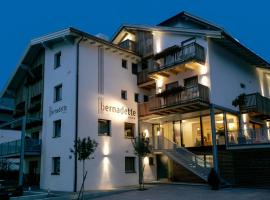 Hotel Garni Bernadette, Hotel in Serfaus