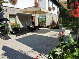 Guest House Plitvice Villa Verde, hotel in Jezerce