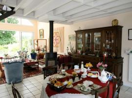 Chez Marie et Gilbert Therin, B&B/chambre d'hôtes à Giverny