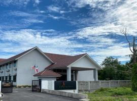 KSB Village Resort, resort in Kampong Tambak