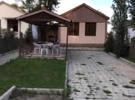 Sevanum 30 metr jric heravorutyamb amen harmarutyunov, apartment in Sevan