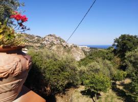 Villa Chris, holiday home in Taormina