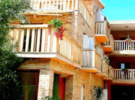 Apartments Luxor, budget hotel in Rogoznica