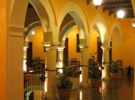 Castelmar Hotel, hotel in Campeche