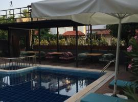 Derin Luxury Hotel, отель в Кеме