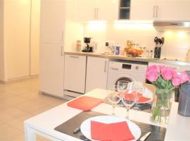 Appartement tout équipé, cosy (1 station de Paris), hotel in Saint-Denis