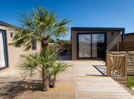 M&V Resort, hotel in Langrune-sur-Mer