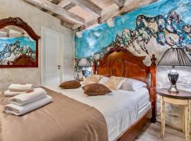 Historic Plaza Varos Split, hotel near Kastelet Beach, Split